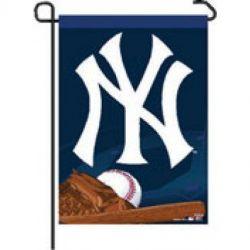NY Yankees Garden Banner