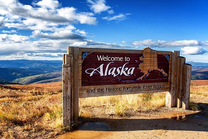 welcome-to-alaska-sign