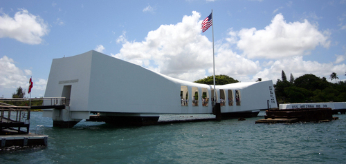 pearl harbor memorial with american flag
