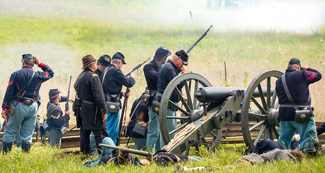 reenactment civil war battle gettysburg